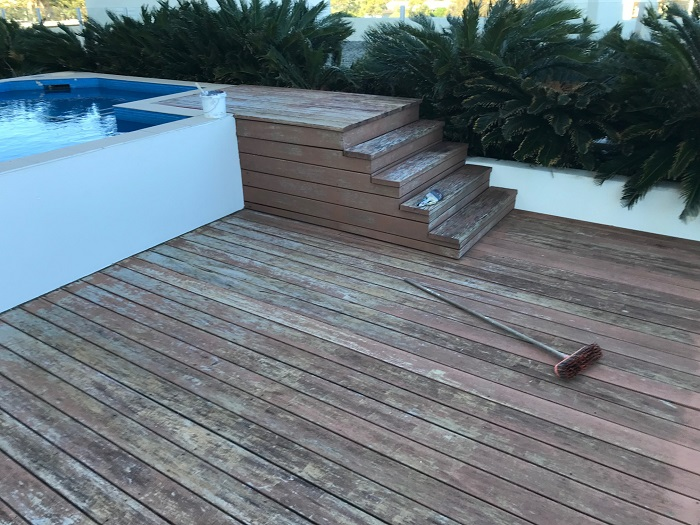 Deck after cleaning before deck restoration Painting trends Currumbin