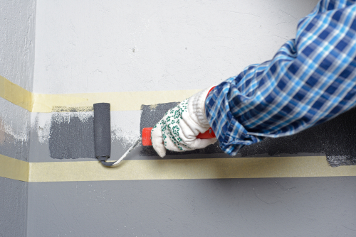 Grey-boarder-painted-with-roller-commercial-painters-Palm-Beach-Queensland